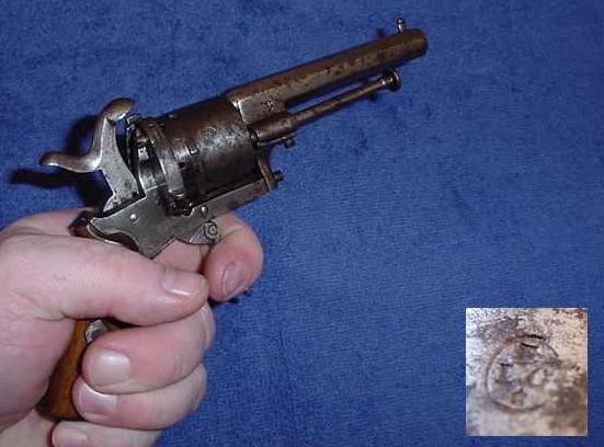 pistolet lefaucheux a broche